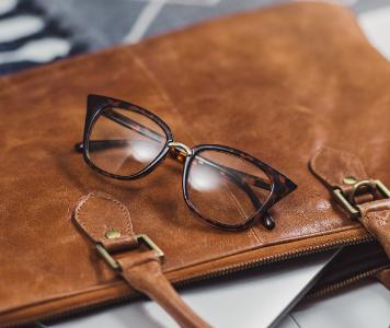 5 táska a tökéletes business look-hoz